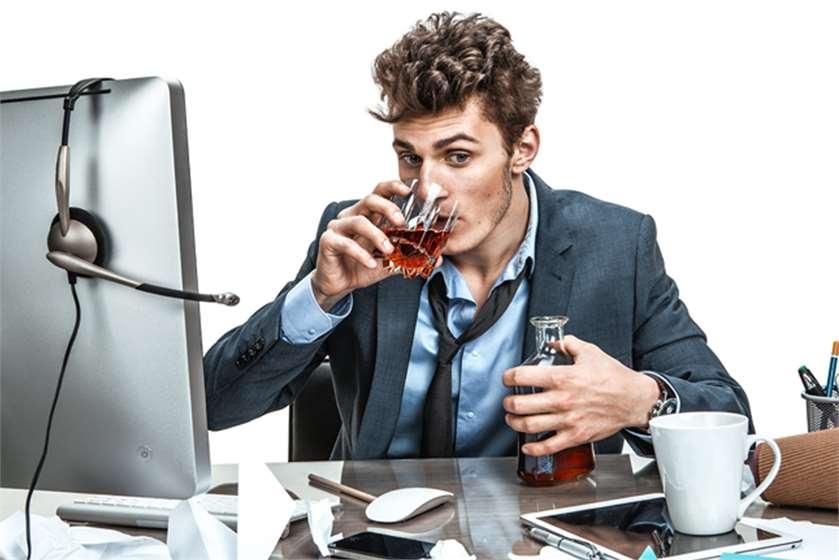 Как уволить пьяного
